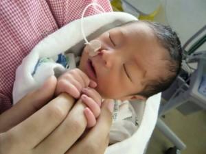 新生児 早産 赤ちゃん